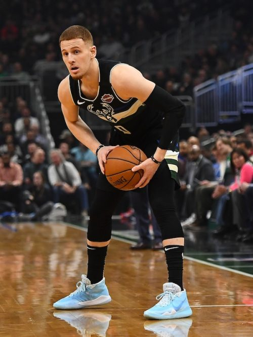 Donte DiVincenzo shoes